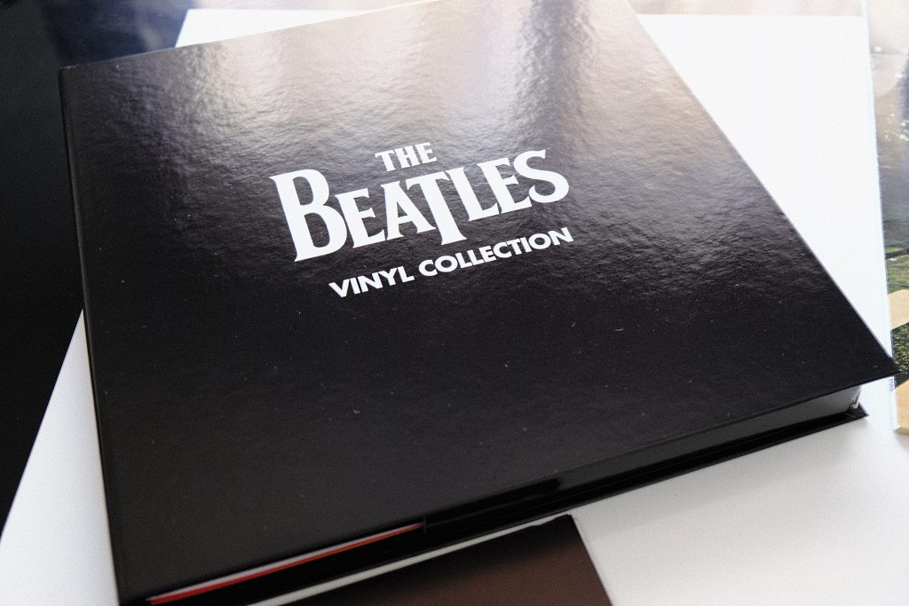 Classeur de la collection vinyles des Beatles proposée par Altaya