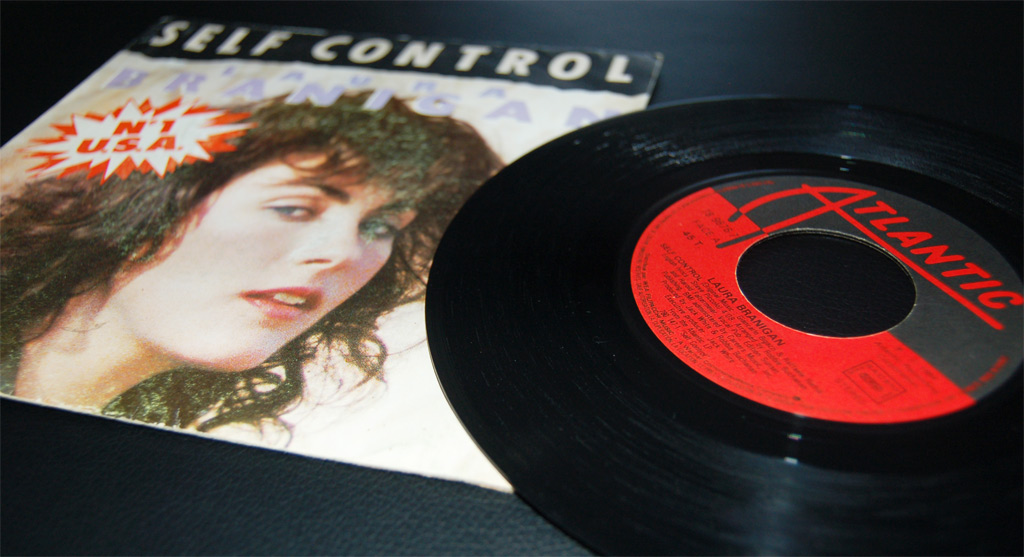Laura Branigan Self Control – 1984 – Vinyle SP 45T