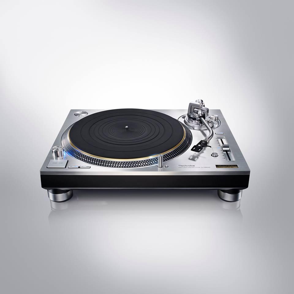 Technics annonce la sortie officielle de sa platine vinyle SL-1200G courant 2016 ! Technics a développé un nouveau moteur à entraînement direct.